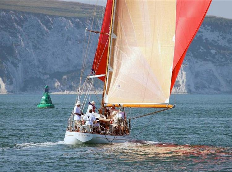 This week the Isle of Wight welcomes the Panerai Classic Yachts Challenge to Cowes.  This is a great opportunity to visit the yachting centre of the world to witness the Panerai British Classic Week