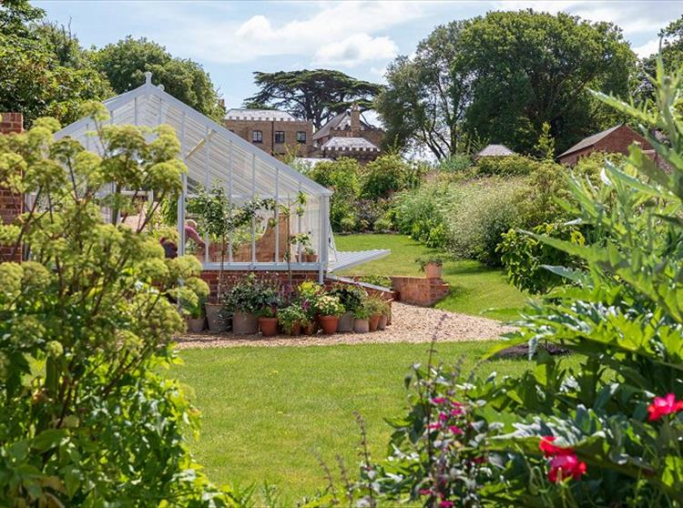 Farringford Walled Garden wins the Wight in Bloom Best Small Tourist Attraction Garden