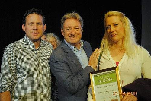 Wight in Bloom Winners with Alan Tichmarsh